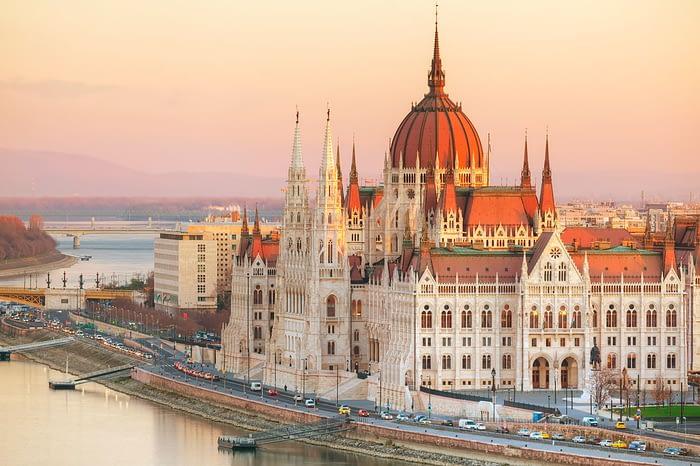 Budimpešta z Blatnim jezerom